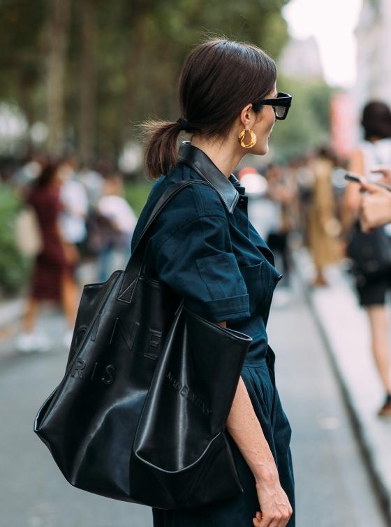 irina-linovich-by-styledumonde-street-style-fashion-photography20180704_48a1405.jpg